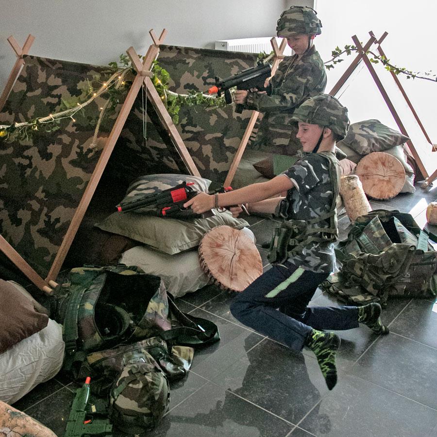 slaapfeestje army team